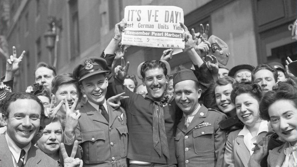 VE Day: How is it being celebrated this year? - BBC News